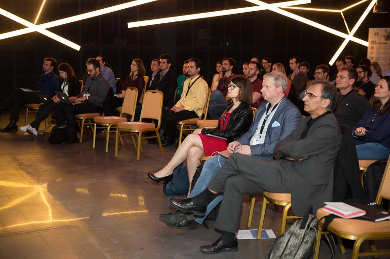 Audience_2.jpg -
